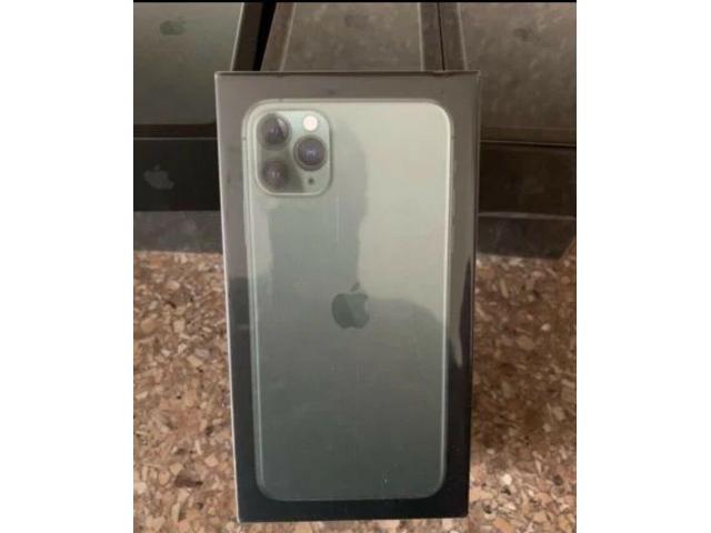 Apple iPhone 11 Pro Max - 256GB (Unlocked)  F/S Vancouver British Columbia